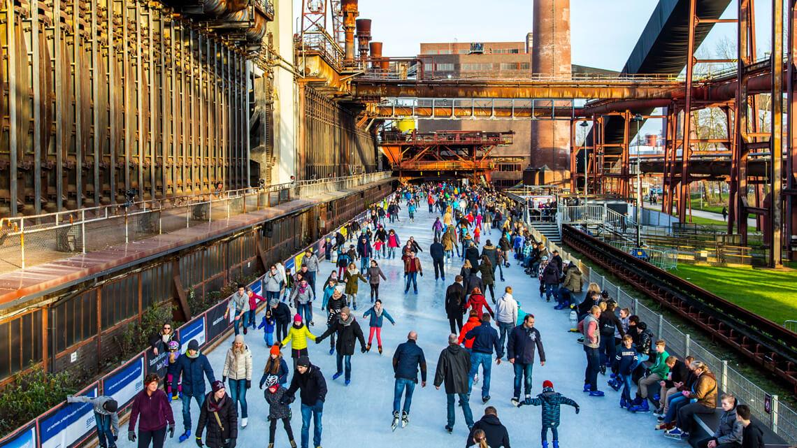 Zeche Zollverein Eisfläche in Essen