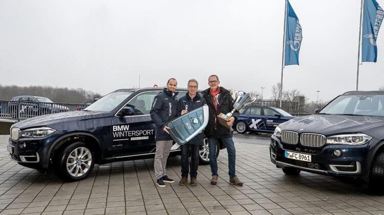 BMW AHAG stellt Biathlon auf Schalke BMW Shuttle-Fahrzeuge