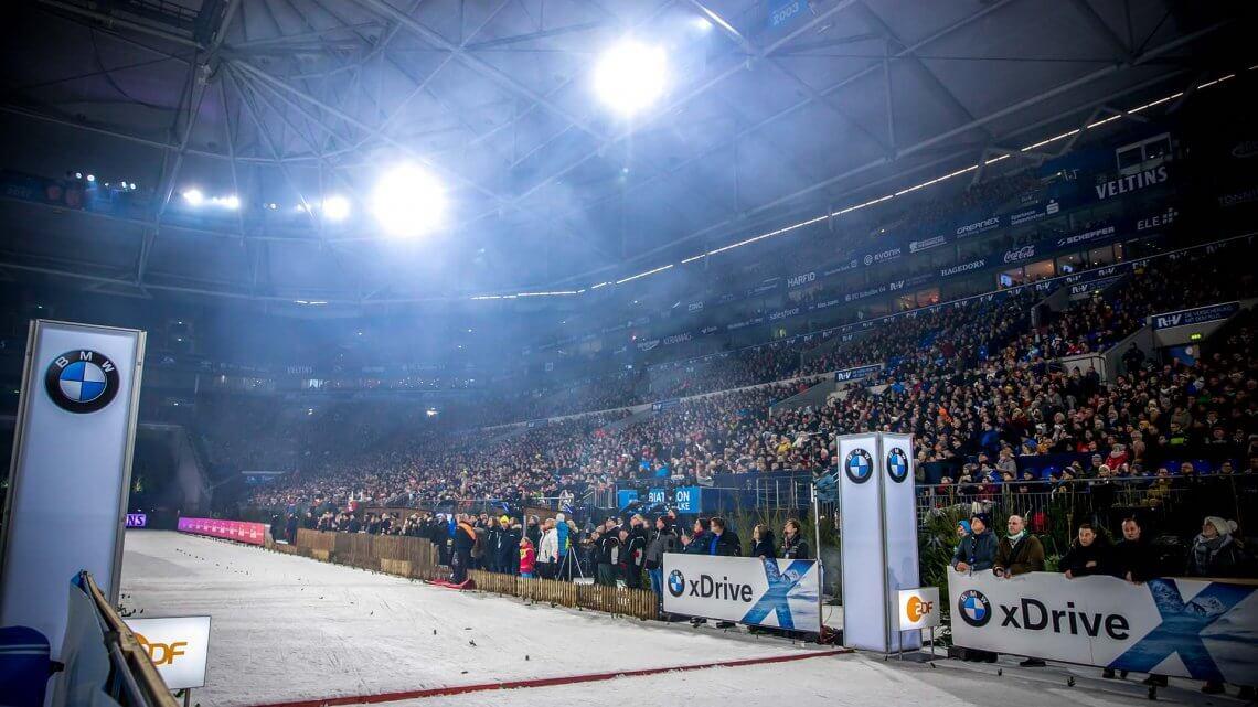 Biathlon auf Schalke Innenraum Haupttribüne